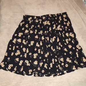 Brandy Melville sunflower skater skirt